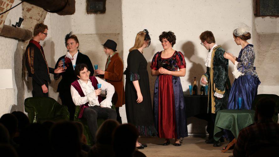 Jugendtheater_2018_DerWiderspenstigenZaehmung (18)