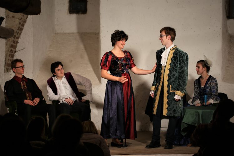 Jugendtheater_2018_DerWiderspenstigenZaehmung (19)
